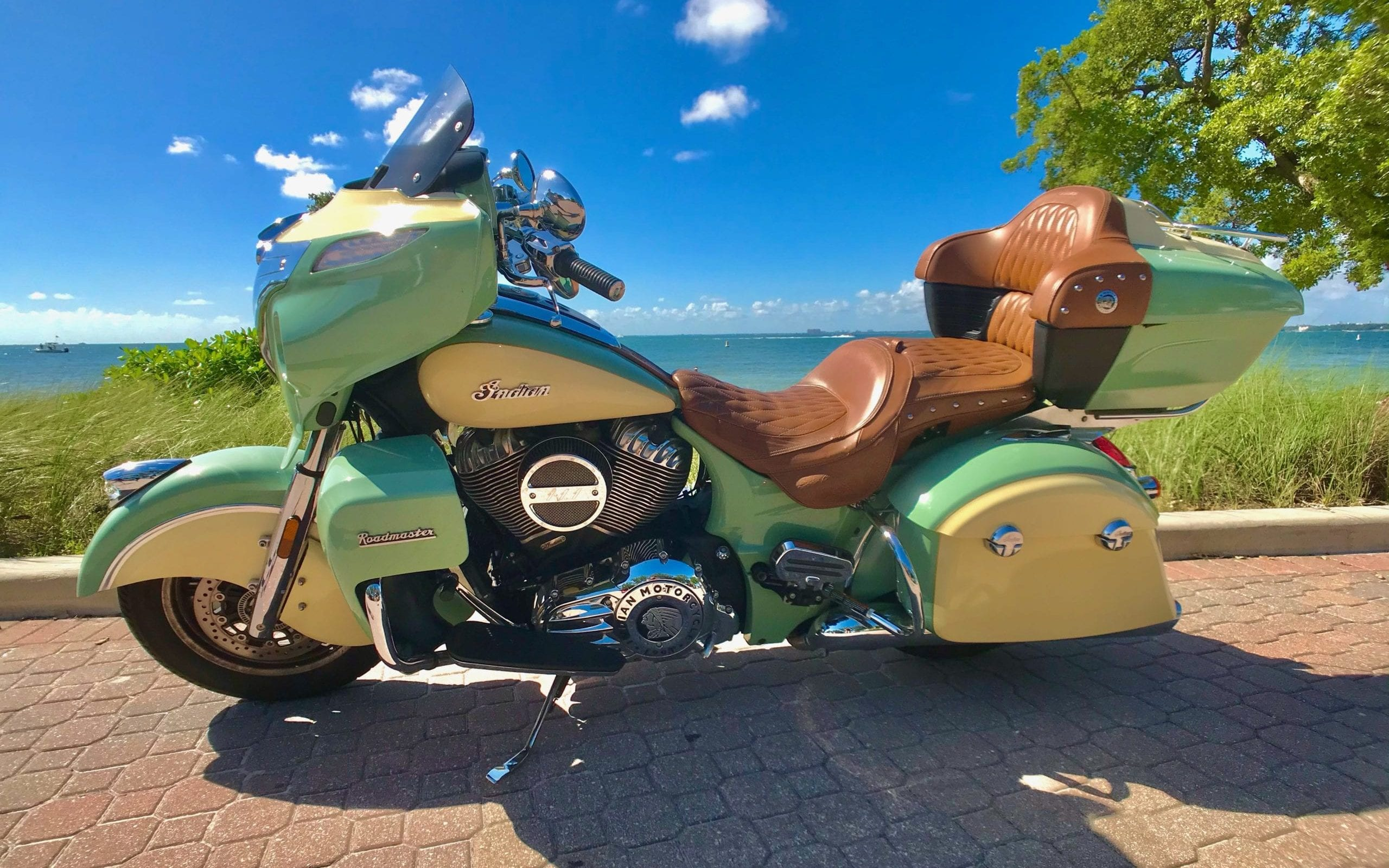 Indian Roadmaster Green Middle Left