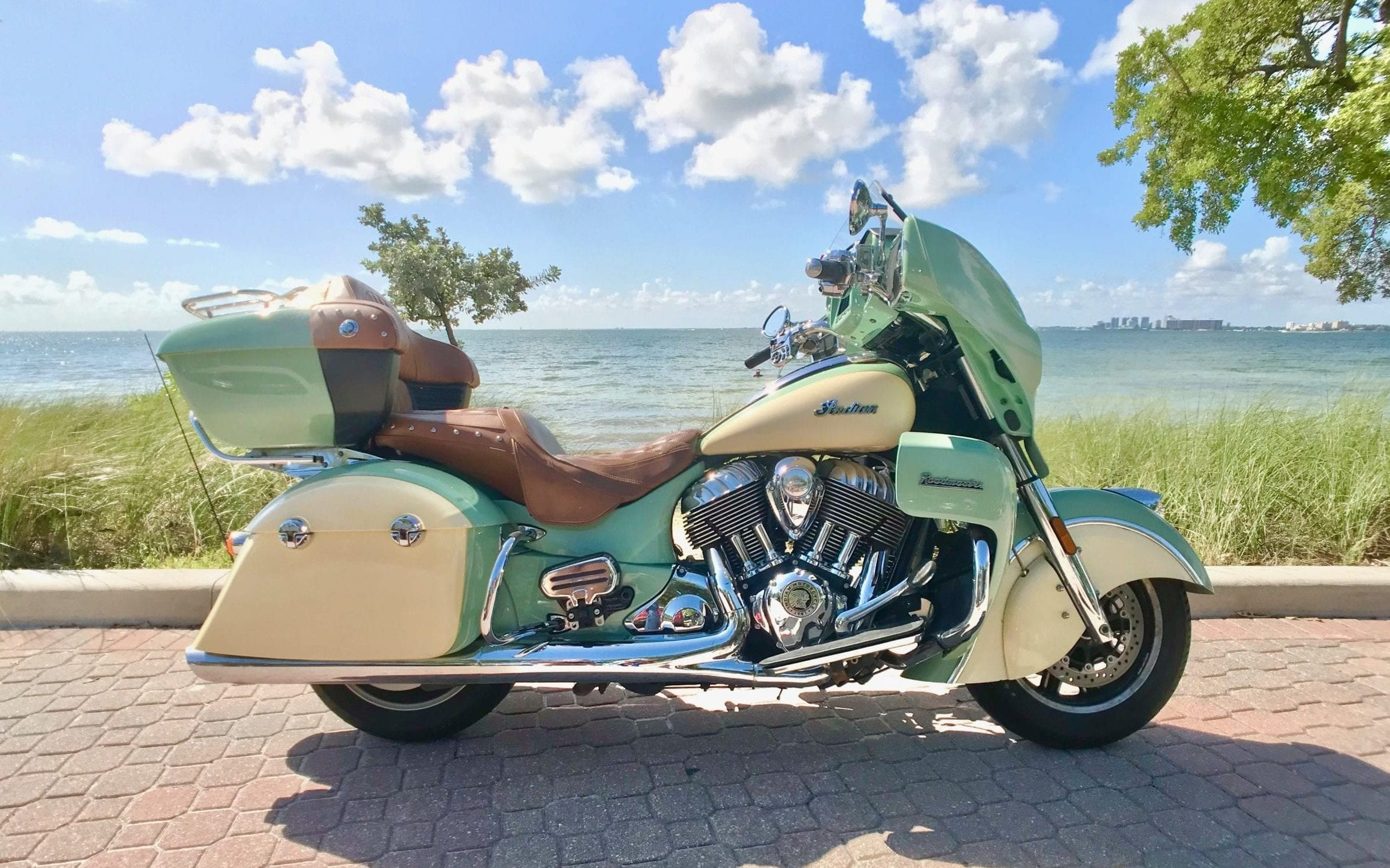 Indian Roadmaster Green Middle Right